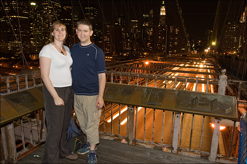 Evening photos on Brooklyn Bridge.