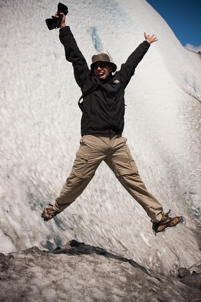 Antonio jumps